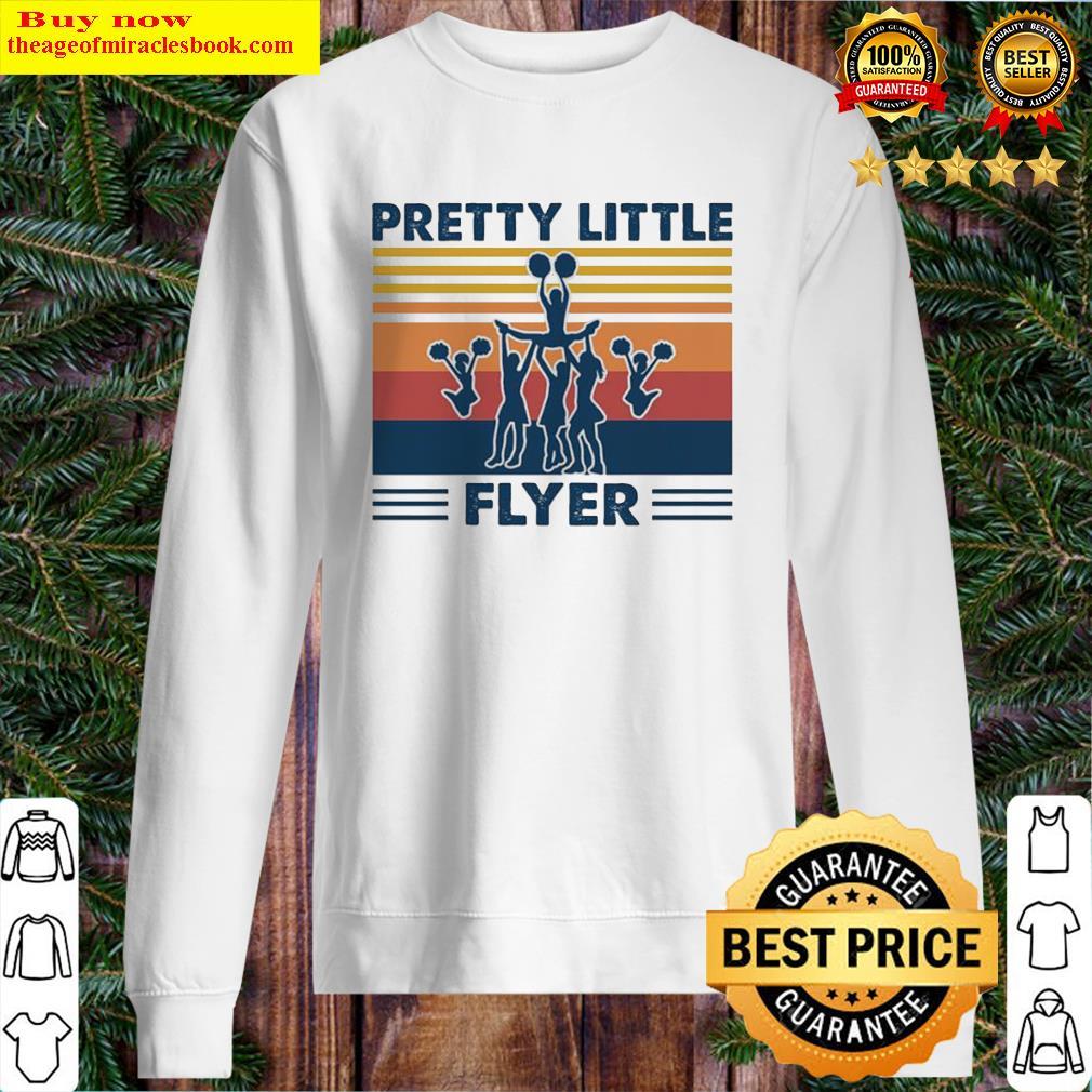 Pretty little flyer vintage Sweater