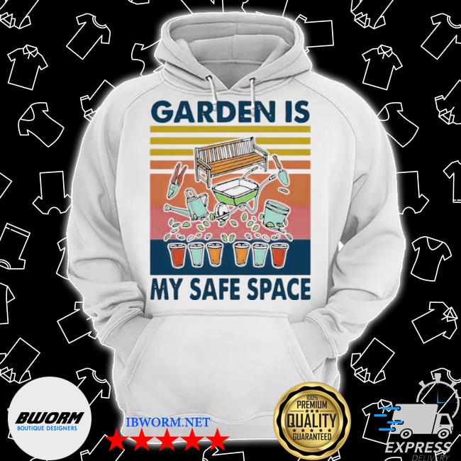 Garden is my safe space vintage s Classic Hoodie
